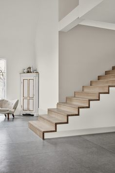 Identity : Jotun Lady new Color chart 2019 - Only Deco Love Dark Interiors, Colorful Interiors, Jotun Paint, Casa Mix, Jotun Lady, Comfort Gray, Comfort Colors, Modern Stairs, Interior Stairs