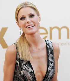 Julie Bowen Hot and Sexy Bikini pic, Topless Photos and Sexy Feet Images, one of the hottest girl in the entertainment industry. These sexy Julie Bowen hot and sexy Beautiful Female Celebrities, Most Beautiful Women, Beautiful Actresses, Amazing Women, Blond, Monica Belluci, Actrices Hollywood, Celebrity Gallery, Jessica Biel