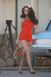 The Wrap-Up Magazine: Selena Gomex Sexy Photos
