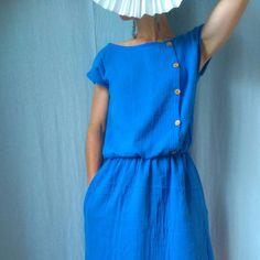 Idée de robe à coudre en double gaze. Chez 36bobines.com, il y a des doubles gaze sde coton bio unies ou imprimées, en vente au mètre (à partir de 0.25 m).