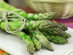 ¡Espárrago! Conoce lo que puede hacer este vegetal por tu SALud: http://www.sal.pr/2013/06/26/estudio-revela-que-el-esparrago-ayuda-a-bajar-la-presion/