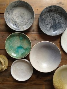 Their light weight and lovely designs only increase the decadence of an official meal. Comes in a number of lovely colours, and other sizes are available, too Pottery Plates, Ceramic Plates, Ceramic Pottery, Ceramic Art, Earthenware, Stoneware, Vases, Pots, Japanese Pottery