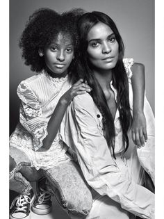 Liya Kebede, Ethopian model and her daughter, for VOGUE Italia June 2016 Photography by Mario Sorrenti Mother Daughter Pictures, Mother Daughter Fashion, Mom Daughter, Mother And Child, Mother Daughters, Family Shoot, Family Posing, Family Portraits, Couple Shoot