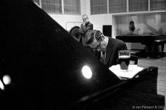 Bill Evans recording at The Radiohouse,Copenhagen the back Boerge Roger Henrichsen. Bill Evans, Blues Music, Copenhagen, Musicians, Jazz, Jazz Music, Music Artists, Composers