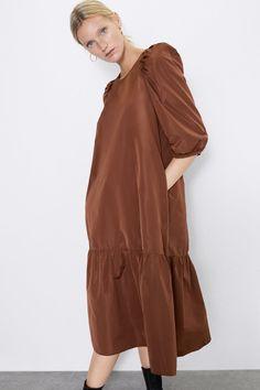 Taffeta Dress, Mom Dress, Midi Dress With Sleeves, Zara Women, Duster Coat, High Neck Dress, Style Inspiration, Jackets, Woman