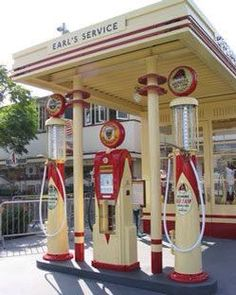 Art Deco gas station modified into apartments - Old Gas Pumps, Vintage Gas Pumps, Drive In, Vintage Signs, Vintage Cars, Vintage Tools, Pompe A Essence, Auto Retro, Art Deco