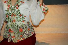 www.facebook.com/Kebayana   www.twitter.com/Kebayana Floral Tops, Facebook, Twitter, Women, Fashion, Moda, Top Flowers, Fashion Styles, Fashion Illustrations