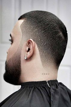 Need some inspiration on haircuts for men with thick hair? You will find it here. In the following guide, we put together shorts, long and medium lengths haircuts ideas for guys with angular and rounds faces, whether they have curls or wavy locks. #menshaircuts #menshairstyles #thickhair #thickhairmen Guy Haircuts Long, Short Hairstyles For Thick Hair, Cool Hairstyles For Men, Medium Short Hair, Curly Hair Men, Medium Hair Cuts, Long Hair Cuts, Medium Hair Styles, Hair Balm