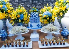 50th Birthday Themes, Birthday Parties, Italian Party, Flower Arrangement Designs, Sunflower Wallpaper, November Wedding, Blue Pottery, Table Set Up, Baby Shower