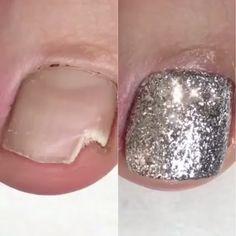 Pedicure tutorial ❤️❤️ or 👎🏻👎🏻 - Gel Toe Nails, Hard Gel Nails, Manicure And Pedicure, Polygel Nails, Pedicure Ideas, Nail Art Designs Videos, Nail Art Videos, Toe Nail Designs, Acrylic Toes