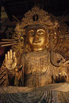 東大寺 大仏殿 如意輪観音 Japanese Buddhism, Japanese Temple, Tibetan Buddhism, Buddhist Art, Religious Icons, My Arts, Asian, Statue, Image