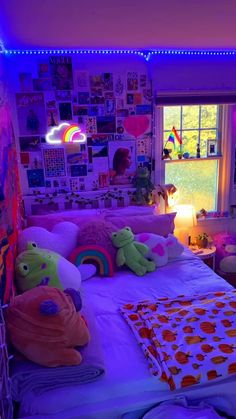 Neon Bedroom, Cute Bedroom Decor, Room Design Bedroom, Room Ideas Bedroom, Indie Room Decor, Bedroom Inspo, Neon Room Decor, Funky Bedroom, Dorm Room Designs