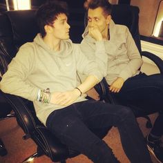 """""""The Grey Twins"""" Jonnor Bradley Simpson, My Future Boyfriend, My Soulmate, The Vamps, My Boys, Boy Bands, Cute Pictures, Fangirl, Twins"""