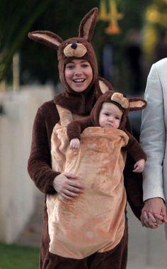 Celebrity babywearing costume: Alyson Hannigan and Baby Kangaroo On Halloween!