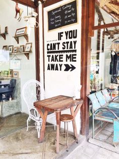 If you can't stay take me away.  © Elisah Jacobs/InteriorJunkie