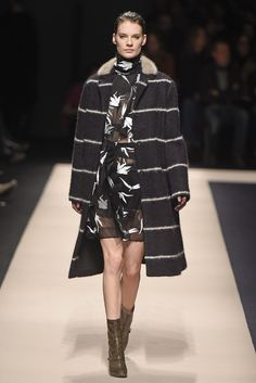 LOOK | 2015-16 FW MILAN COLLECTION | N°21 | COLLECTION | WWD JAPAN.COM