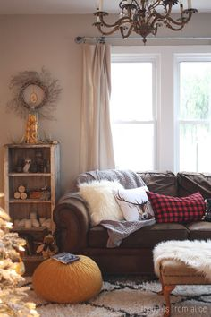 Thoughts from Alice: Holiday Home Tour 2014 - Boho Cabin Style Cozy Christmas
