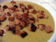 Recept, podle kterého se vám Hrachová krémová polévka s krutonky zaručeně povede, najdete na Labužník.cz. Podívejte se na fotografie a hodnocení ostatních kuchařů.
