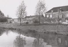 Achter De Kamp Amersfoort (jaartal: 1970 tot 1980) - Foto's SERC Utrecht, Netherlands, Cabin, Live, House Styles, Painting, Home Decor, Art, The Nederlands