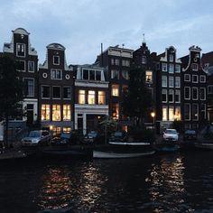 alittlebitoflace:  Yas from Amsterdam