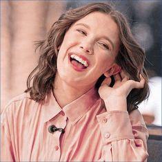 Millie Bobby Brown, British Actresses, Actors & Actresses, Bobby Brown Stranger Things, Browns Fans, Idol, Enola Holmes, Applis Photo, Wattpad