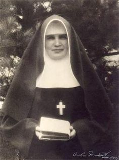 Missionaries of the Sacred Heart of Jesus  Missionary Sisters of the Sacred Heart of Jesus (MSC)   Missionariae Sacratissimi Cordis  another name: Missionaries of the Sacred Heart of Jesus of Hiltrup Date and place of foundation: 1900 years - Germany Founder: o Hubert Linckens MSC