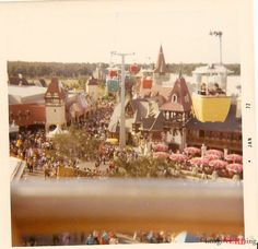 Vintage Walt Disney World Photos from 1972 and 1973 Walt #Disney World hotel search: http://holipal.com/hotels/