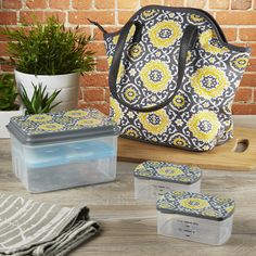 Davenport Stylish Insulated Bag Kit with Reusable Container Set