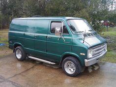 1977 Dodge Van | Custom Van 1977 Dodge Tradesman 200 Show Van PRICE
