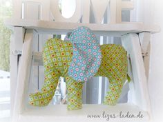 Weicher Stoff-Elefant