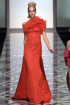 valentino suits for women runway | Valentino Fall 2007 Couture