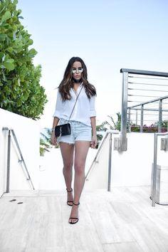 Jodi Blk Miami Travel Style