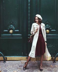 Vintage girl from paris ( librarian chic винтажный стиль, р Moda Vintage, Vintage Mode, Vintage Girls, Vintage Outfits, Vintage Dresses, Vintage Fashion, Retro Fashion 50s, 40s Fashion, Classy Fashion