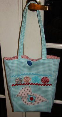 Tote Bag Tutorial From Sherry Marrero of AnniesCupboards.com
