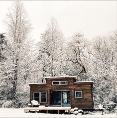 Pretty little cabin.