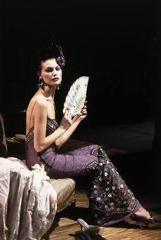 John Galliano, Galliano Dior, 90s Fashion, Runway Fashion, Fashion Brands, Fashion Outfits, Christian Dior, The Blonde Salad, Vintage Couture