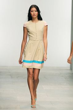 So sweet and classic. Issa Spring 2012.  http://www.fabsugar.com/Issa-Spring-2012-Runway-Photos-19111874?page=0,0,0#20