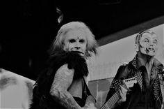 Popkulttuuria ja undergroundia: John 5 in close ups pin ups John 5, Rob Zombie, Lund, My Portfolio, My Black, Amusement Park, Black And White Photography, Close Up, Pin Up