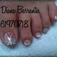 Pedicure Nail Art, Pedicure Designs, Toe Nail Designs, Toe Nail Art, Feet Nails, My Nails, Fancy Nails, Pretty Nails, Purple And Pink Nails