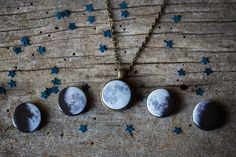 Interchangeable Moon Phase Necklace Silver or by yugentribe