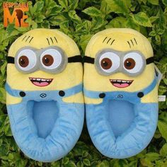 Despicable Me - Minion Slippers Minion Rock, Cute Minions, Christmas Birthday, Birthday Gifts, Minion Birthday, Birthday Ideas, Bee Do, Despicable Me, Ciabatta