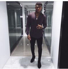 Boo boo's style❤️ Urban Fashion, Mens Fashion, Gorgeous Black Men, Look Blazer, Urban Dresses, Weekend Outfit, Gentleman Style, Mens Clothing Styles, Stylish Men