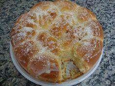 O Pão de Leite Condensado com Coco é fácil de fazer, delicioso e perfeito para o seu café. Faça hoje mesmo! Veja Também:Pão Doce Fácil Veja Também:Pão de