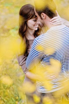 A great photographer can be invisible. In this intimate shot from Utah… Couple Portraits, Couple Posing, Couple Shoot, Engagement Couple, Engagement Pictures, Engagement Shoots, Wedding Couple Poses Photography, Engagement Photography, Pre Wedding Photoshoot