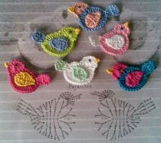 alice brans posted bird applique, crochet appliques and crochet birds. to their -crochet ideas and tips- postboard via the Juxtapost bookmarklet. Crochet Diagram, Crochet Chart, Crochet Motif, Crochet Stitches, Crochet Patterns, Bird Patterns, Weaving Patterns, Crochet Birds, Love Crochet
