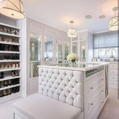 Unique closet design ideas will definitely help you utilize your closet space appropriately. An ideal closet design is probably the […] Walk In Closet Design, Bedroom Closet Design, Master Bedroom Closet, Closet Designs, Wardrobe Design, Master Closet Layout, Bedroom Closets, Master Room, Master Suite