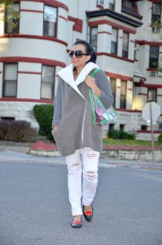 White and Grey Outfit    #Lookoftheday #StreetStyle #FashionIdeas #FashionLovers #JeansOutfit #outfitideas
