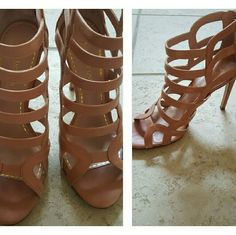 Peach Perfection BRAND NEW!!! Sexy Strappy Sandals Enzo Angiolini Shoes Heels
