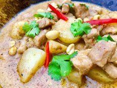 Massaman Curry  http://www.thaifoodmadeeasy.com/ http://www.thaifoodmakeasy.com/