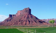 View of Parriot Mesa from Sorrel River Ranch, Castle Valley, about 17 Miles North East of Moab, Utah (13 May 2004)